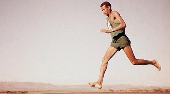 Abebe Bikila el atleta descalzo